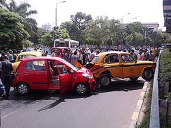 Traffic collision in Kolkata, India. Image from Wikipedia.org.