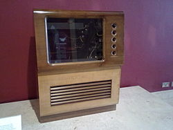 NMoS Oldest Colour TV 01.jpg