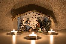 https://upload.wikimedia.org/wikipedia/commons/thumb/0/0f/Nativity_scene_Poland.jpg/220px-Nativity_scene_Poland.jpg