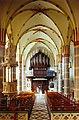 Neuss-Grefrath Kirche Innenraum nach W.jpg