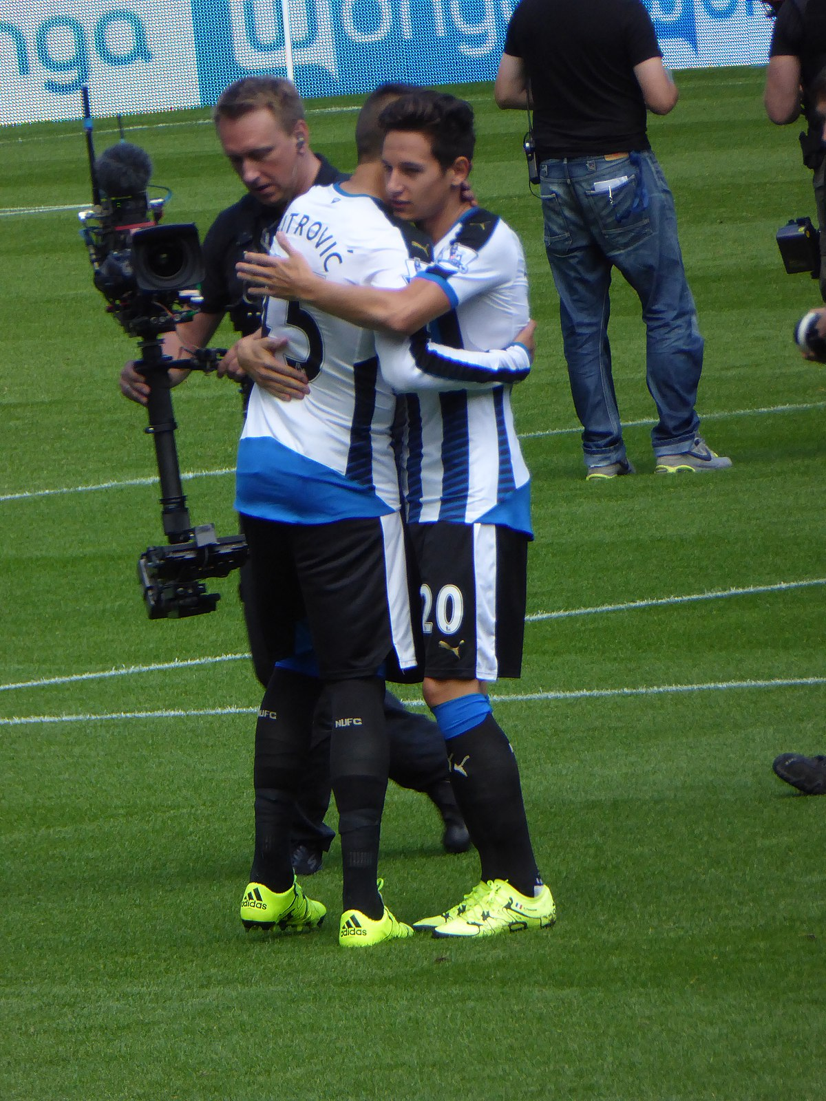 File:Newcastle United vs Arsenal, 29 August 2015 (08).JPG ...