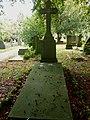 Nijmegen begraafplaats Daalseweg grafkelder kinderen RK Weeshuis, waaronder oorlogsslachtoffertjes.JPG