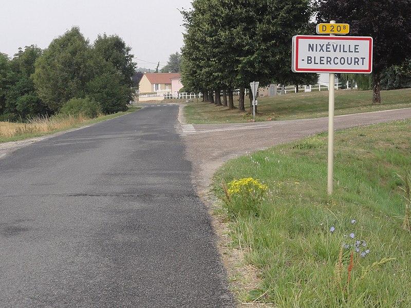 Nixéville (Nixéville-Blercourt, Meuse) city limit sign