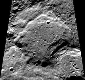 Milankovič (lunar crater) - Image: Normal milankovich clem 1