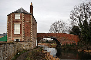 Stroudwater Navigation - Nutshell Bridge on the Stroudwater Navigation