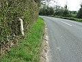 Old Milepost - geograph.org.uk - 1238852.jpg