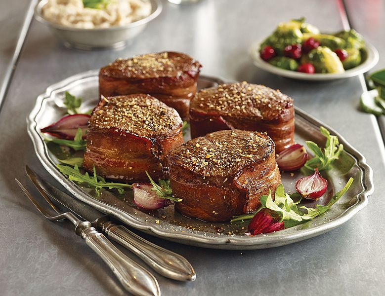 File:Omaha Steaks Bacon-Wrapped Filet Mignon.jpg