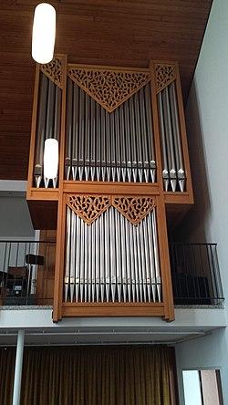 Orgel der Versöhnungskirche.jpg