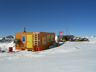 Lower Erebus Hut Antarctic base