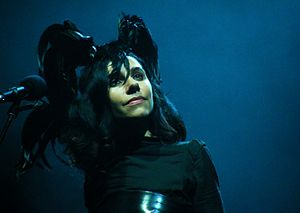 PJ Harvey - Image: PJ Harvey at the O2 Apollo 2
