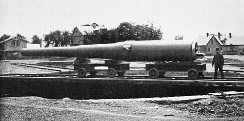 PSM V51 D168 Twelve inch cannon with closed breech mechanism.jpg