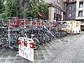Pankow Fahrräder vor dem Bahnhof Pankow.jpg