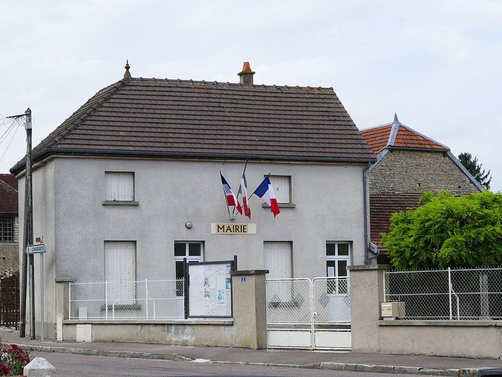 Pargues - Mairie - 1.jpg