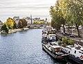 Paris Seine Stretch (23901169067).jpg