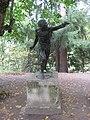 "Pavlovsk Park. Twelve tracks. The outer circle. Statue ""Fighter Borghese."".JPG"