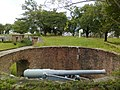 Phi Sua Samut Fort, 152-32 Cannon No.1 in Bunker - panoramio.jpg
