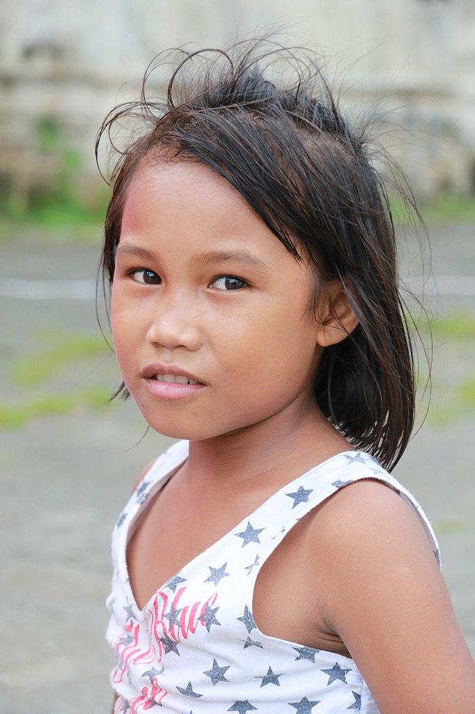 philippines upload nud girlfriend