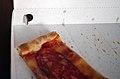 Pizzakarton Lueftungsoeffnung 2011.jpg