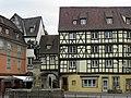 Place de l'Ancienne-Douane, fontaine Schwendi (Colmar) (1).JPG
