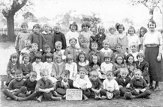East York - Plains Road School East York, between 1900 and 1903