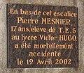 Plaque commémorative Pierre Mesnier.JPG