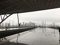 Platform of Wuhan Station 7.jpg
