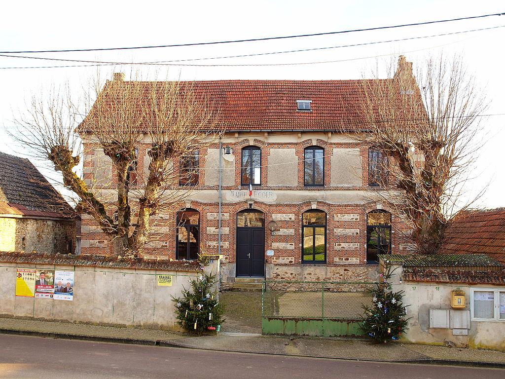 Plessis-Barbuise-FR-10-mairie-2.jpg