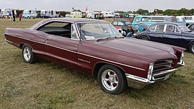 Pontiac Star Chief Executive 1966 - Flickr - mick - Lumix.jpg