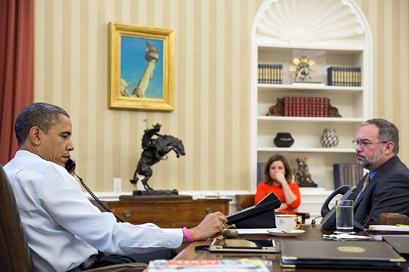 File:President Barack Obama receiving update to Hurricane Sandy.jpg