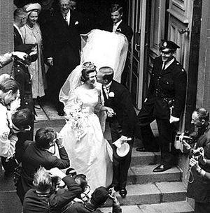 Princess Désirée, Baroness Silfverschiöld - The Silfverschiöld couple after their wedding.