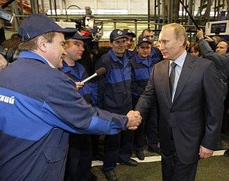 Votkinsk Machine Building Plant - Prime Minister Vladimir Putin meeting employees of the Votkinsk Plant