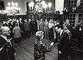 Raadhuis te Halfweg, nieuwjaarsreceptie. Aangekocht in 1989 van United Photos de Boer bv. - Negatiefnummer 28569 k 30 A. - Gepubliceerd in het Haarlems Dagblad van 09.01.1988. Identificatienummer 54-0.JPG