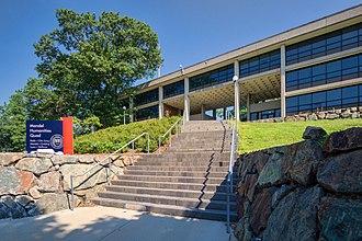 Benjamin Thompson (architect) - Image: Rabb Graduate Center, Brandeis University