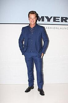 height Richard Reid (entertainment reporter)