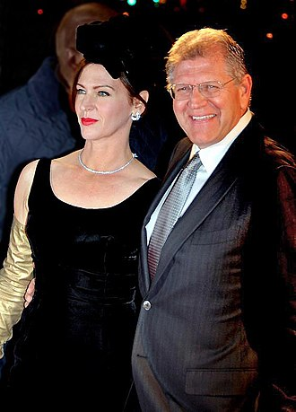 Robert Zemeckis - Zemeckis with wife Leslie Harter, at the French premiere of Flight, January 2013.