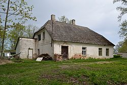 Roela mõisa valitsejamaja.jpg