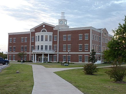 Rogers State University in Claremore is the Tulsa Metropolitan Area's only four-year public university. Rogersstate-strattontaylorlibrary.JPG