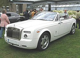 Rolls-Royce Phantom-Drop-Head-Coupé Front-view.JPG