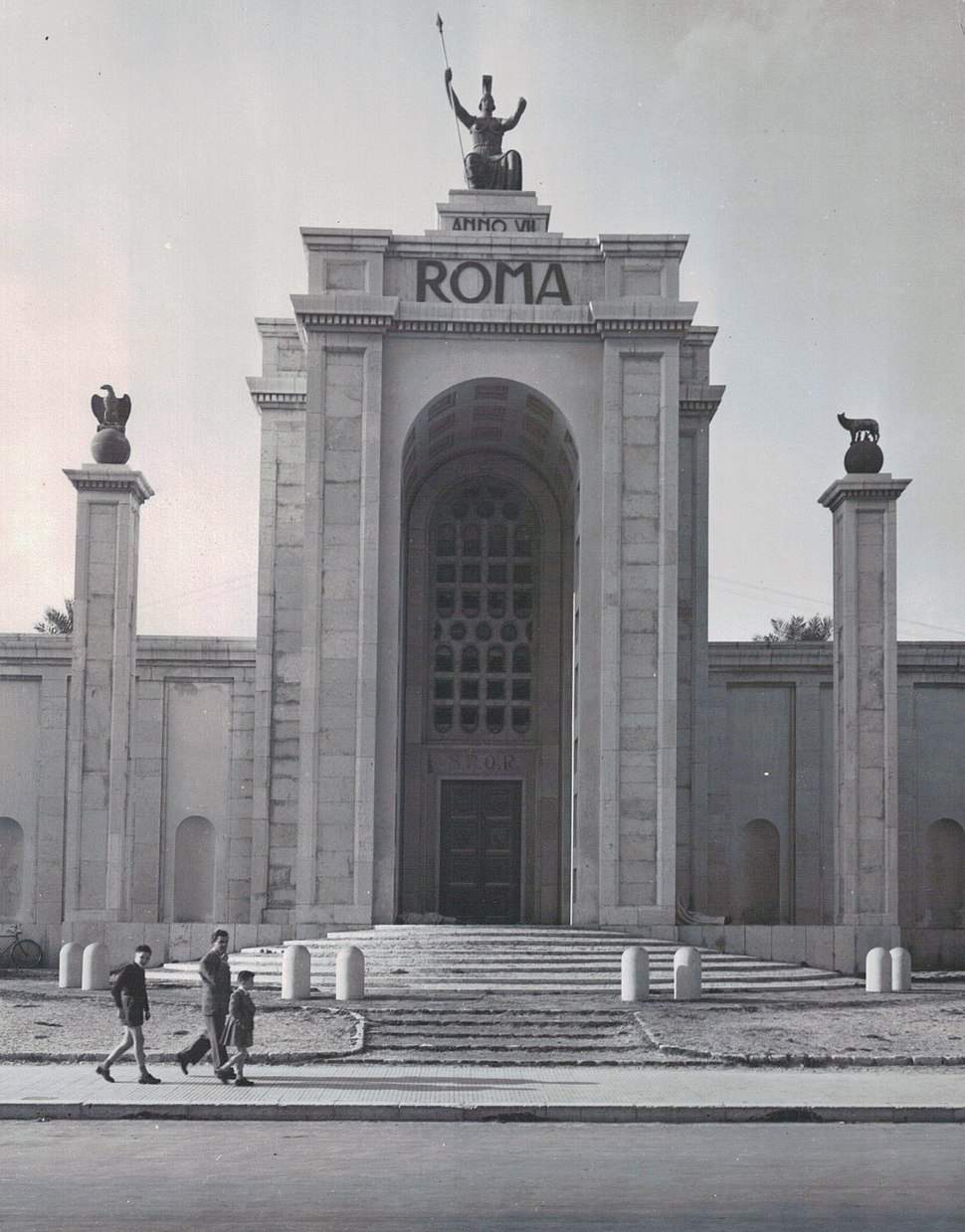 Romans-in-libya-circi-1950-001 6205513374 o