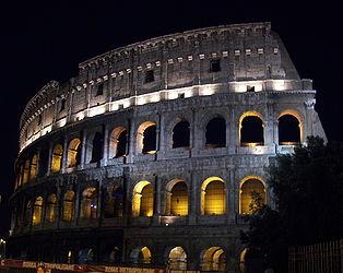 Rome Colosseum at night 2.jpg