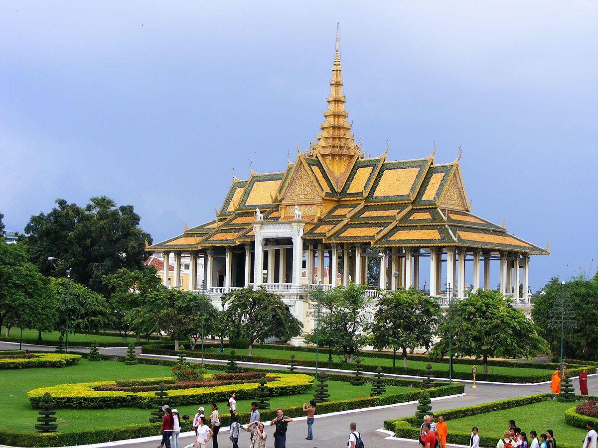 Kết quả hình ảnh cho cung điện Campuchia