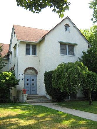 Old Roycemore School building - Image: Roycemore School