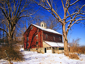 Knowlton Township, New Jersey - An old barn in Knowlton Township