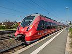 S-Bahn im Bahnhof-Hirschhaid P5022905.jpg