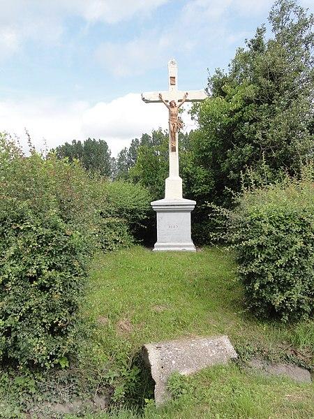 Saint-Algis (Aisne) croix de chemin 1889