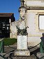 Saint-Hilaire-de-Lusignan - Monument aux morts de Saint-Hilaire-sur-Garonne.JPG