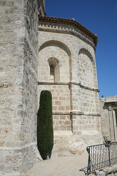 Saint-Pons-de-Mauchiens (Hérault) - chevet de l'église Saint-Pons-de-Cimiez.
