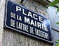 Saint-Pons-de-Thomières (Hérault), Place de la Mairie de Lattre de Tassigny.jpg