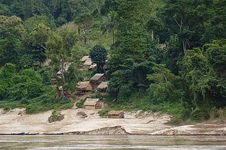 Sainyabuli Province - Village on the Mekong
