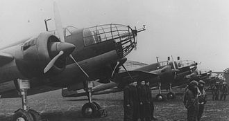PZL.37 Łoś - A group of Polish Air Force PZL.37 bombers on the ground, 1939